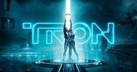 Das muss man sehen: Die erste Tron-Achterbahn der Welt